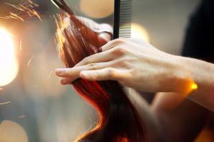 Chiamare parrucchiere a Rho
